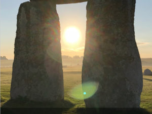 THROUGH THE STONES : STONEHENGE'S BUILDERS VANISHED?